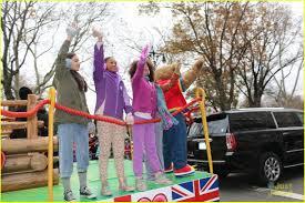 thanksgiving day parade what time quvenzhane wallis has a u0027hard knock u0027 time at thanksgiving day
