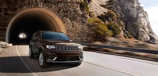 2017 jeep highlander comparing available 4x4 systems in the jeep grand cherokee