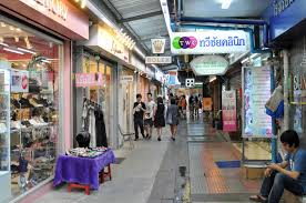 best shopping guide to top bangkok malls markets