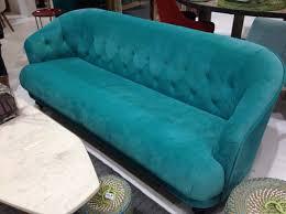 canapé velours bleu athezza canapé velours bleu turquoise salon maison objet