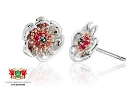 poppy earrings poppy stud earrings clogau gold