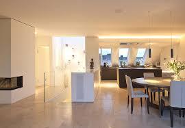 küche esszimmer offene küche mit esszimmer und fliesenboden küche