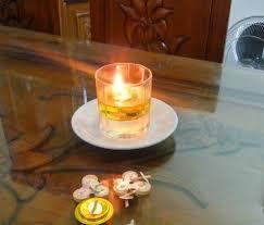 Minyak Goreng Gelas begini cara buat lilin cantik berguna sekali saat pemadaman listrik