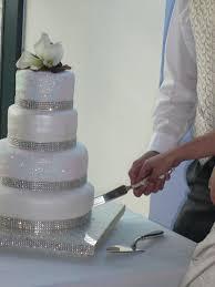 best 25 sparkly wedding cake icing ideas on pinterest glitter