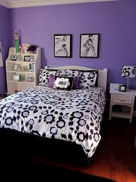 Bedroom Decorating Ideas With Purple Walls Purple Bedroom Furniture And White Ideas Green Black Designs
