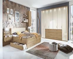 schlafzimmer komplett guenstig mer enn 25 bra ideer om schlafzimmer komplett massivholz på
