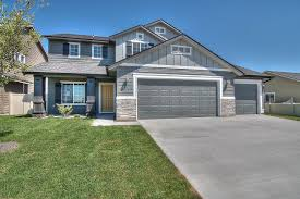 Gray Siding White Trim Black by Loving This Exterior With The Pear Door Don U0027t Miss This Tatom
