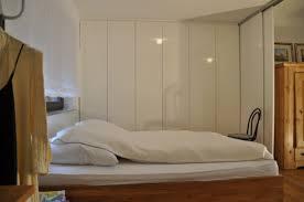 Schlafzimmerschrank Einbauschrank Funvit Com Küche Weiß Matt Mit Dunkler Platte
