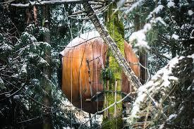 gorgeous spherical tree house hotel in canada fubiz media