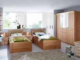 erle schlafzimmer valerie schlafzimmer komplett erle natur teilmassiv uni