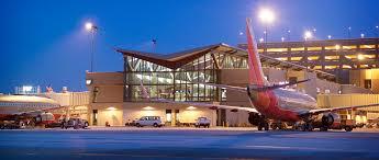 light rail to sky harbor phoenix sky harbor international airport s 2 concourse terminal 4