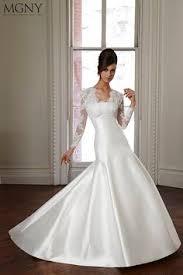 robe de mariã e satin épinglé par mamzelle titi sur robes de mariage robe