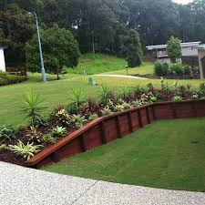Backyard Flower Bed Ideas Retaining Wall Designs Brisbane Retaining Wall Ideas Sloped