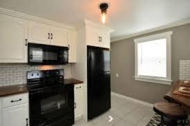 Kitchen Laminate Countertops 47 Gorgeous Kitchen With Black Laminate Countertops Homedecort