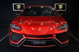 lamborghini urus lamborghini urus the 600 hp hybrid suv to debut at 2017 shanghai