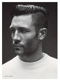 is there another word for pompadour hairstyle as my hairdresser dont no what it is undercut hairstyle side swept pompadour kleding pinterest