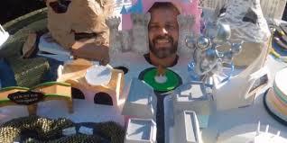 dad creates disneyland park halloween costume one ups disney