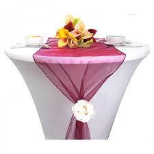 chemin de table mariage chemin de table mariage organza bordeaux decoration mariage