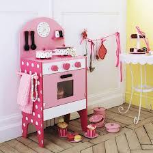 cuisine en bois fille cuisine en bois pour fille uteyo