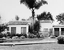 Marilyn Monroe House by On This Day August 5 Marilyn Monroe Found Dead In Her Home
