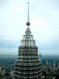 visiting the petronas towers in kuala lumpur u2013 planet and go
