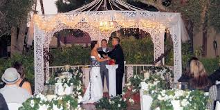 wedding arch las vegas wedding chapel at park weddings get prices for wedding venues