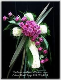 sympathy flowers best 25 sympathy flowers ideas on funeral flowers