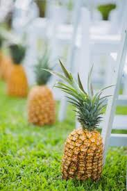 Aisle Markers 29 Tropical Wedding Aisle Décor Ideas To Try Weddingomania