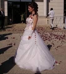 robe mari e bordeaux très robe de mariée ivoire bordeaux à vendre robes de