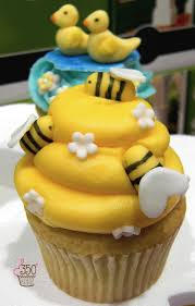 97 best cupcakes cupcakes cupcakes galore images on pinterest
