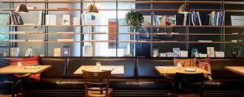 bild wohnzimmer cafe bar in zurich herman s wohnzimmer