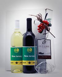 wine bottle cheese plates york cellars purchase what exit wines gift boxes