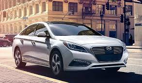 hyundai sonata us car buying tips and features hyundai sonata hybrid u s