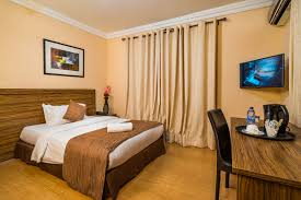 how to decorate a home on a budget bedroom how to decorate a single room self contain modern small