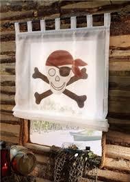 decoration chambre pirate décorer la chambre d un garçon sur le thème des linge de
