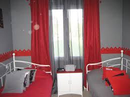 chambre gris et charmant chambre gris et avec chambre mur gris et galerie