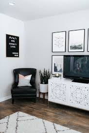 5 tips for designing a small living room little miss fearless how to design a small living room living room decor ideas gallery wall inspiration