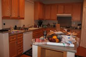valley floors blog news and trends this photo actually prompted me to look at my own kitchen i removed every item that didn t add to the design of the room or function as a useful tool