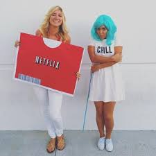 Internet Meme Costume Ideas - netflix and chill meme netflix diy costumes and costumes