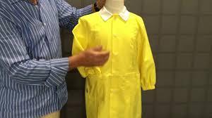 tablier bleu marine tablier ecole maternelle jaune pas cher de 3 à 6 ans youtube