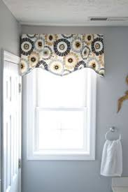 simple valance idea with lots of impact from beverly feltner via