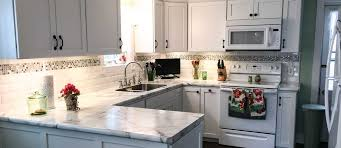kitchen cabinet soffit lighting lighting can make your 10 000 kitchen look like a million