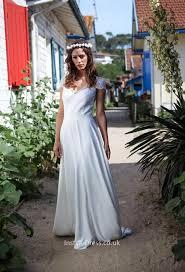 ivory lace cap sleeve keyhole a line beach wedding dress floor