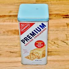 vintage 1969 nabisco premium saltine crackers kitchen canister tin vintage 1969 nabisco premium saltine crackers kitchen canister tin can box