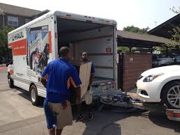 Hiring Movers What To Know When Hiring Movers To Pack U0026 Load A Storage Container