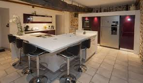 cuisine americaine avec ilot exemple de cuisine ouverte avec ilot central idée de modèle de cuisine