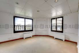 bureau a louer bureaux à louer 2 place de la madeleine 75008 55544 jll