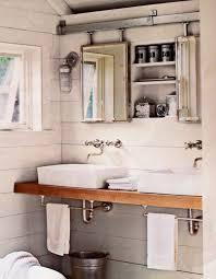Barn Bathroom Ideas by 151 Best Cabin Bathroom Images On Pinterest Bathroom Ideas Room
