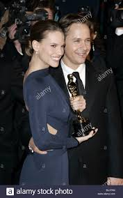 Vanity Fair After Oscar Party Hilary Swank With Oscar U0026 Husband Chad Lowe Vanity Fair After