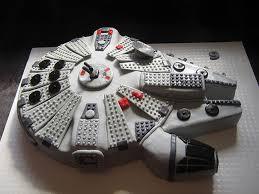 starwars cakes millennial falcon cake walyou